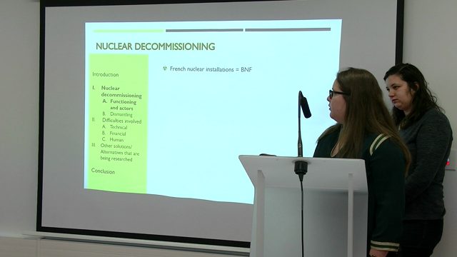What difficulties does the decommissioning of nuclear installation involve ?